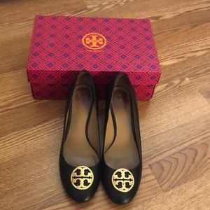 Tory Burch Chelsea Wedge- Black - 9.5